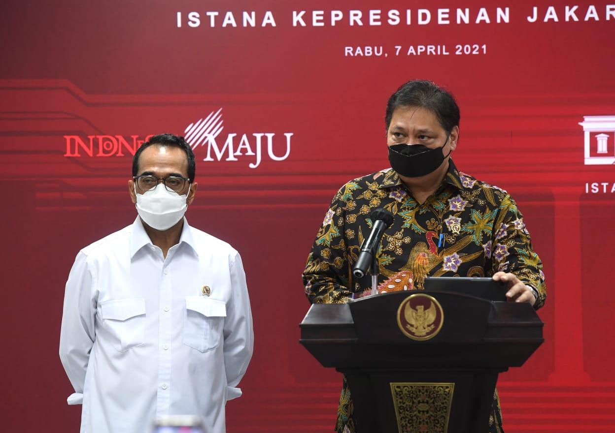 Jelang Ramadan, Presiden Jokowi Minta Para Menteri Siapkan Kebijakan Pengendalian Covid-19