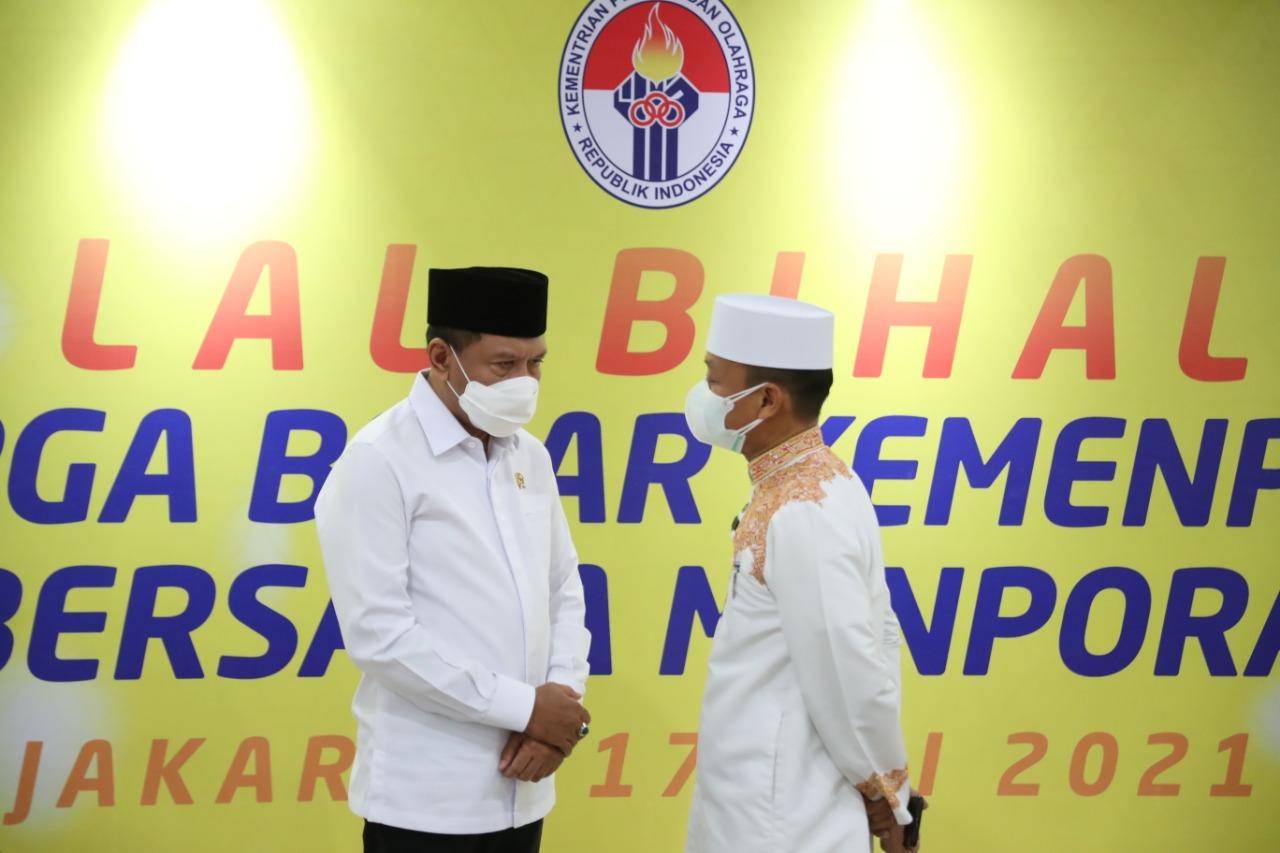 Menpora Amali: Selamat Idulfitri 1442 Hijriah, Mari Jaga Semangat Ramadan dengan Menebar Kasih Sayang