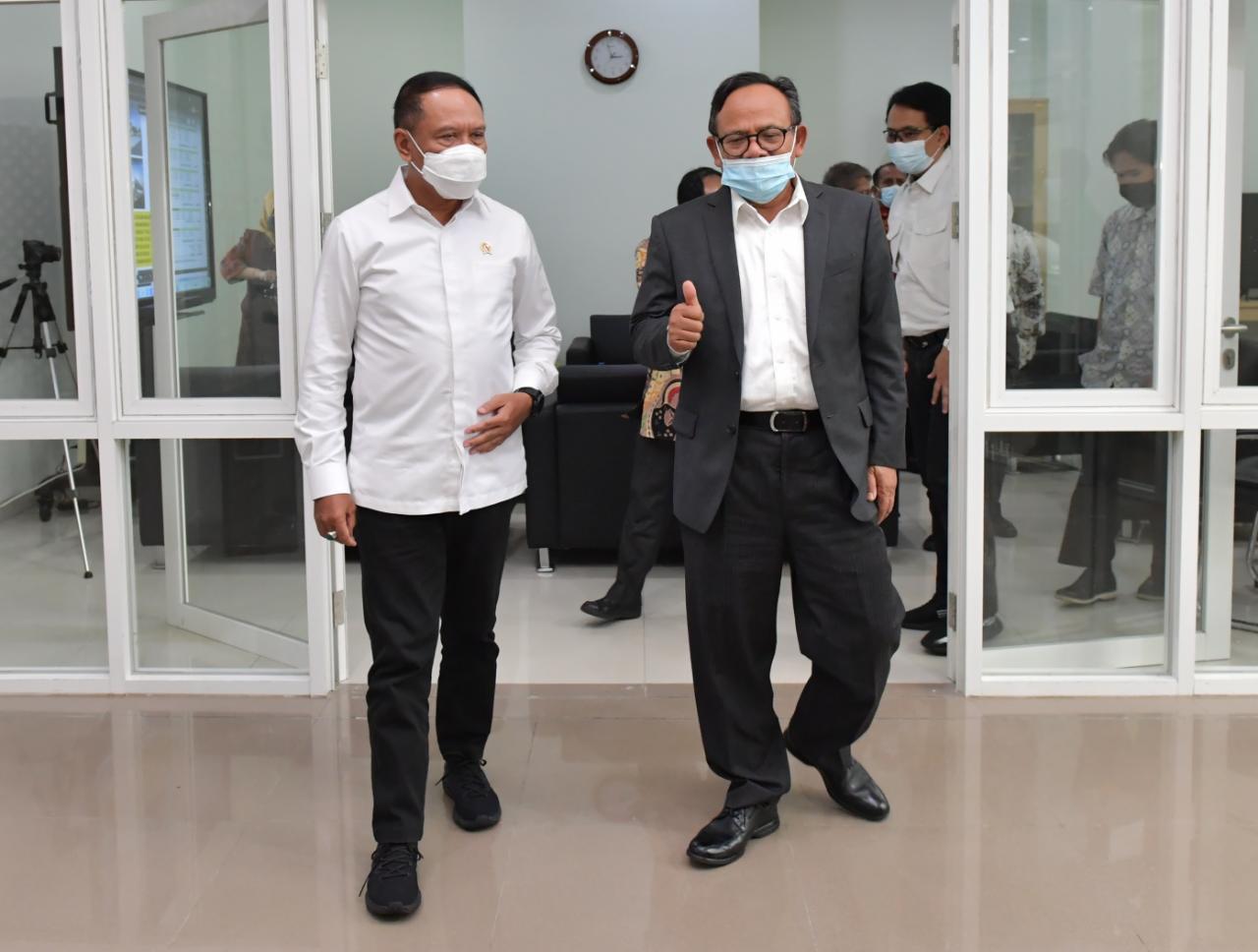 Rektor Komaruddin Hidayat Mengaku Senang Kampus UIII Dikunjungi Menpora Amali