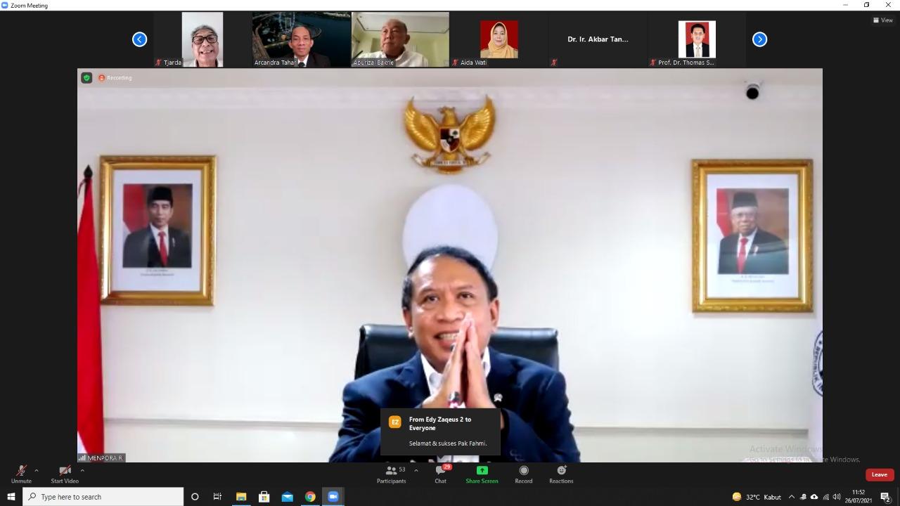 Menpora Amali Apresiasi Disertasi Fahmi Idris pada Ujian Promosi Doktor Program Studi Ilmu Filsafat UI