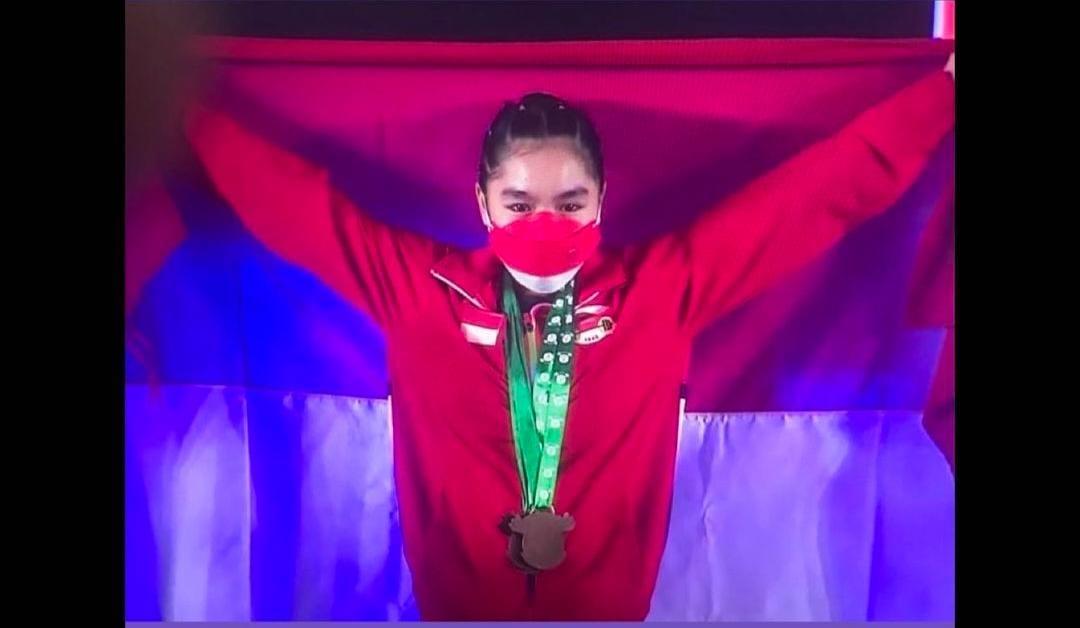 Najla Khoirunnisa Raih 3 Perunggu di Kejuaraan Dunia Angkat Besi Remaja 2021