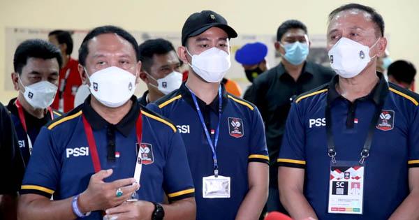 Menpora Amali Tekan Tombol Sirine Awal Piala Menpora 2021 Dimulai